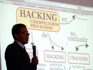 Presentation of digital activism in Peru